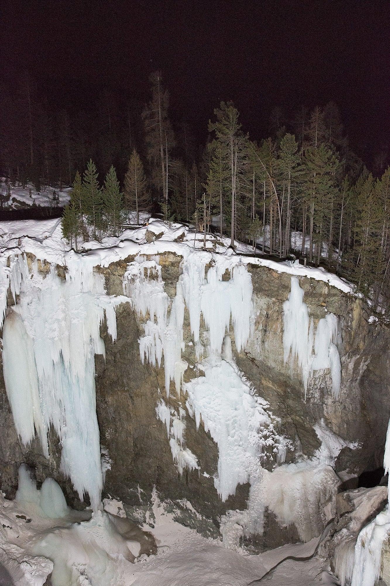 stalagmites et sapins à Pontresina