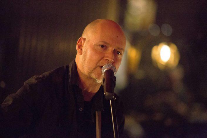 Pascal Rinaldi lors d'un concert