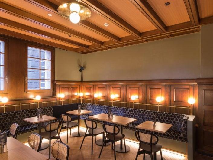 architecture d'une salle à manger de restaurant